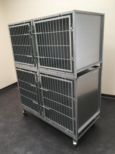 Cage for a veterinary clinic where animals are kept during treatment.